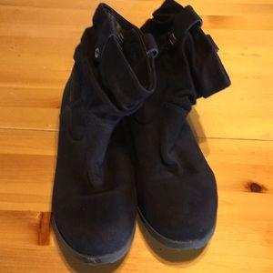 """Nine West size 9 Black Booties Flat 1"""" Heel"""